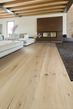 where i want to live Antico Asolo Onda Rustic European Oak. Laminate Flooring Guide Want a beau Dark Wood Floors, Timber Flooring, Design Parquet, Wide Plank, Engineered Wood, Sweet Home, New Homes, House Design, Interior Design