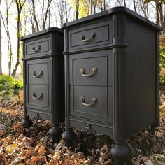 Farmhouse furniture bedroom annie sloan 35 New Ideas Black Painted Furniture, Annie Sloan Painted Furniture, Black Bedroom Furniture, Annie Sloan Paints, Refurbished Furniture, Farmhouse Furniture, Upcycled Furniture, Furniture Makeover, Bedroom Black