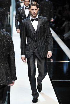 6e60238b7645 Dolce   Gabbana Spring 2010 Menswear Fashion Show Collection