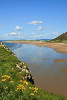 Rhosilli Beach! This lovely beach is on the Gower Peninsula in South Wales #Travel #Outdoors