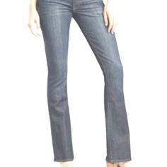"Lucky Brand Low Waist Boot Cut Lucky Brand Zoe low waist boot cut. Classic 5 pocket styling with embossed details on back pockets. Belt sold separately. Slight fraying at hem {see photo 4}   36"" hips  37"" out seam  30"" inseam  19"" leg opening Lucky Brand Jeans Boot Cut"