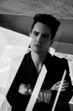 Brendon Urie by Jimmy Fontaine Emo Bands, Music Bands, Pretty People, Beautiful People, Gorgeous Guys, The Wombats, Panic! At The Disco, Barista, Hot Guys