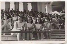 صورة لمدرسة الراهبات في الباب الشرقي في بغداد عام1951 .المدرسة التي تخرجت منها زها حديد المعمارية العراقيه العالميه بعد 14 سنة من التقاط هذة الصورة