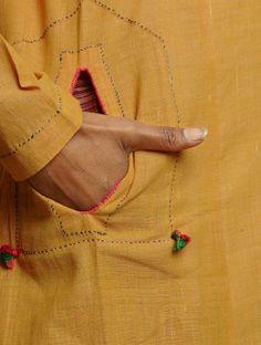 Pocket detail on khadi Kurti Neck Designs, Kurta Designs Women, Sleeve Designs, Blouse Designs, Embroidery Dress, Embroidery Patterns, Hand Embroidery, Kurta Patterns, Dress Patterns