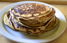 These Pancakes Have More Protein Than Your Post-Workout Shake - sub 1/2 cup fat free greek yogurt for cottage cheese, use steel cut oats instead of regular, and drizzle with agave nectar for sweetness