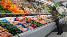 Are stores making bank off food stamps? Retailers won't disclose how much money they're getting from SNAP. Why not? —By Tracie McMillan   Tue Apr. 22, 2014