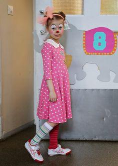 MEKKOTEHDAS: Kahdeksan circus party! 8 yr olds