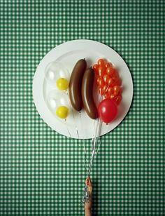 The breakfast. A floating breakfast. #balloon #art #breakfast