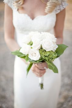 Sweet Simplicity! Perfect Bouquet for this bride ... Photography by http://smallpigart.se White Rose Bouquet, White Roses, Wedding Poses, Wedding Bride, Wedding Bells, Wedding Fun, Wedding Dreams, Wedding Things, Wedding Stuff