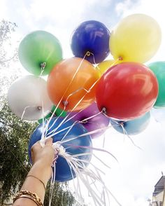 fri-YAY #birthdaycelebration #balloons #love Birthday Celebration, Balloons, Fair Grounds, Life, Style, Balloon