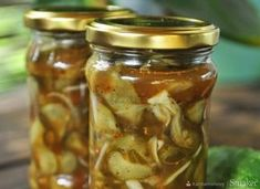 Ogórki w zalewie gyros. Gravy, Pickles, Cucumber, Mason Jars, Bbq, Mango, Food And Drink, Appetizers, Canning
