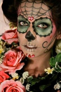catrina, day of the dead makeup, sugar skull Sugar Skull Face, Sugar Scull, Sugar Skull Makeup, Yeux Halloween, Halloween Kostüm, Halloween Face Makeup, Halloween Dress, Facepaint Halloween, Maquillaje Sugar Skull