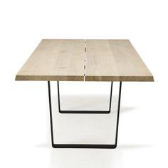 dk3_Lowlight Table from end_oak oil_black legs