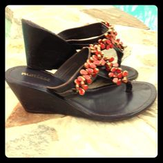 c46b1973d4412 Matisse Women s Persia Wedge Sandal Very pretty brown Matisse wedges with  coral on straps. Like