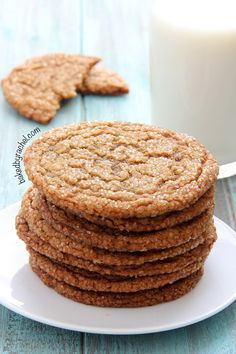 Thin and chewy gingersnap crinkle cookie