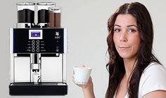 WMF Bistro Geschikt voor kantoren of afdelingen met meer dan 60 personen.  Produceert maar liefst 300 kopjes koffie per uur. Ervaar het comfort van de perfecte cappuccino of willekeurig elke andere koffiespecialiteit, met één druk op de knop.
