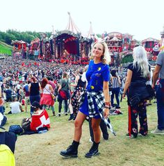 """51 Likes, 5 Comments - Charlotte Marivoet (@charlesmarivoet) on Instagram: """"A small girl in the big crowd at the Amicorum Spectaculum 🎈 #tomorrowland #mainstage #magical…"""""""