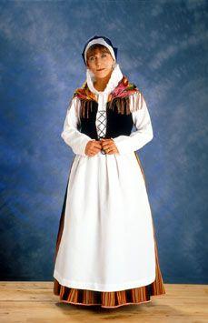 Keski-Suomen kansallispuku Folk Clothing, Historical Clothing, Folk Costume, Costumes, Helsinki, Fashion History, Traditional Outfits, Sewing Ideas, Europe