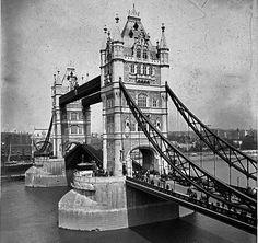 Tower bridge, 1910