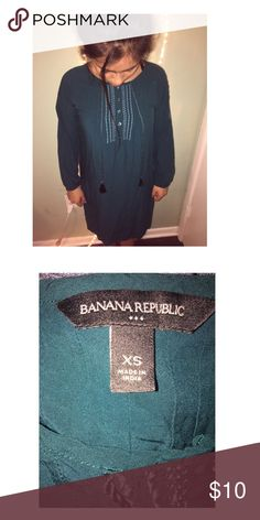 A dress Blue greenish dress Banana Republic Dresses High Low