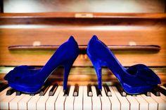 blue velvet wedding shoes!