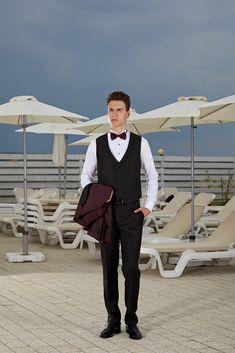 Un costum valoros îți oferă prestanță și încredere. Bespoke, Ready To Wear, Costumes, Suits, How To Wear, Style, Fashion, Atelier, Taylormade