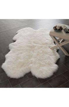 Sheepskin Shag SHS121 White Rug