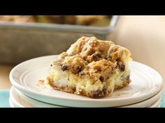 Chocolate Chip Cheesecake Bars From: Pillsbury Recipes The best of all possible worlds -- creamy cheesecake filling on a chocolaty crust made easy with Pillsbury® cookie dough. Chocolate Chip Cookies, Chocolate Chip Cheesecake Bars, Cookie Cheesecake, Coconut Cheesecake, Cheescake Bars, Chocolate Chips, Simple Cheesecake, Chocolate Tarts, Fudge Cake