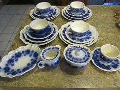Place Setting w/ Sugar & Creamer by Vinranka Gefle ~ Flow Blue China, Blue And White China, Love Blue, Blue Dishes, Blue Onion, Place Settings, Sweden, Decorative Plates, Blues