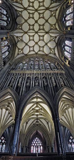 Wells Cathedral by Con Ryan, via Flickr