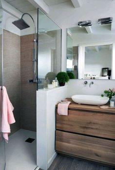 Small Bathroom Layout, Small Bathroom Renovations, Bathroom Renos, Bathroom Interior, Modern Bathroom, Interior Design Living Room, Ideas Baños, Small House Plans, Bathroom Inspiration