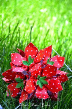 Clara's Paper Garden: Strawberry