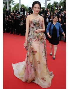 "Shu Qi in an Elie Saab Spring 2015 Haute Couture gown with Bulgari jewels attends the Closing Ceremony And ""Le Glace Et Le Ciel"" Premiere during The 68th Annual Cannes Film Festival #Cannes2015"