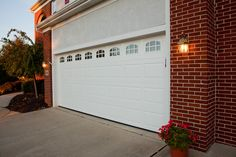 Hass insulated garage door. Model 680 with additional window option.