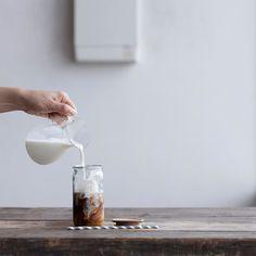 It was so warm that I felt like drinking some iced coffee today ごくごくたっぷりのカフェオレ