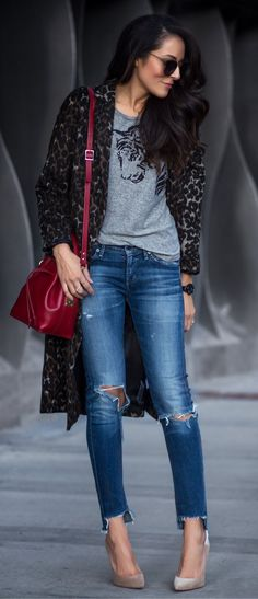 Spring fashion leopard coat and grey printed tee and destroyed skinny jeans and grey pumps. #Fashion #WomenClothing