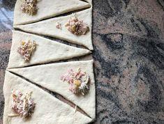 Snacks Für Party, Floral Tie, Brunch, Buffet, Pretzel Sticks, Finger Food Recipes, Buffets, Sideboard Buffet