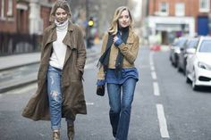 See Street Style photos from London Fashion Week February 2015 Winter Fashion Outfits, Autumn Fashion, Fashion Photo, High Fashion, London Fashion, Street Chic, Street Style, Bomber Jacket, Spring Summer