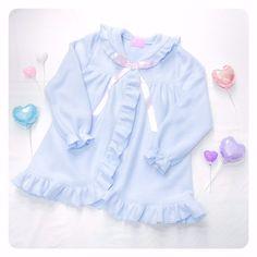 もこもこフリースセーラーガウン Nile perch light blue blouse Fairy Kei Kawaii 着丈:約80cm 肩幅:約36cm 袖丈:約63cm バスト:約120cm