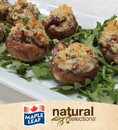 Cheesy Bacon Stuffed Mushrooms #NaturalSelections @Maple Leaf® Low Carb Recipes, New Recipes, Cooking Recipes, Favorite Recipes, I Love Food, Good Food, Yummy Food, Finger Food Appetizers, Appetizers For Party