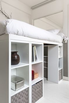 At Florence Bories creator of the Pigmée brand - Tiny House Living Ideas Room Design Bedroom, Small Room Bedroom, Room Ideas Bedroom, Bedroom Loft, Home Bedroom, Bedroom Decor, Loft Beds, Awesome Bedrooms, Cool Rooms