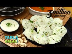 Quick Rava Idlis Video - Well, you love idlis, but what if you have no batter on hand? here is a quick and equally tasty (in fact, spicier!) version of idlis made with semolina. Since the batter requires no fermentation, this recipe is a quick-fix! Rava Idli Recipe, Upma Recipe, Masala Recipe, Khaman Dhokla, Indian Food Recipes, Ethnic Recipes, Indian Snacks, Healthy Recipes, Faith