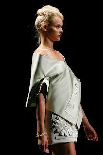 #baroque #Catwalk #chanel #chic #color #design #eyewear #FASHION #Fashion Week #floral #Flower #harajuku #japan  #Milan Fashion Week #Miuccia Prada #prada #print # Runway #trend #VINTAGE #PRADA Spring 2013
