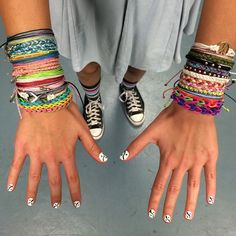 Are you obsessed with Pura Vida? Comment below with the number of bracelets in your collection for your chance to win 10 free originals! Winner announced in 24 hours! GO!