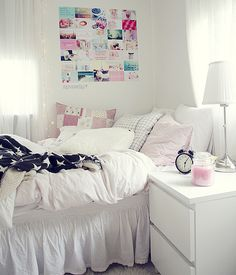 Super Cute & Girly Room na We Heart It http://weheartit.com/entry/80426143/via/Ojacieszpierdzielesz