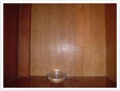 A umidade é a grande vilã de nossos armários, pois a presença dela causa mofo com seu desagradável odor e coloração esbranquiçada ou cinzenta. Em cidades litorâneas, imóveis construídos em lugares antes alagados, chuva constante e armáriosmontados junto a parede de banheiro costumam sofrer coma umidade, logo, o mofo. Existem no mercado tintas,…