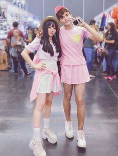First thought. Too feminine then you realize a guy can wear all pink be in a mini skirt and still look like a guy! Guys In Skirts, Boys Wearing Skirts, Men Wearing Dresses, Cute Skirts, Feminized Boys, Man Skirt, Girl Outfits, Cute Outfits, New Mens Fashion