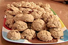 Lentil cookies Look at this recipe – Lentil cookies – from Alton Brown and other tasty dishes on Food Network. Lentil cookies Look at this recipe – Lentil cookies – from Alton Brown and other tasty dishes on Food Network. Empanadas, Scones, Cookie Recipes, Dessert Recipes, Brown Recipe, Brown Lentils, Lentil Recipes, Recipes With Lentil Flour, Alton Brown