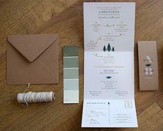 Faire part mariage folk - faire-part original avec bandeau kraft et carton réponse intégré, motif bohème et fougères avec sapins et programme en frise