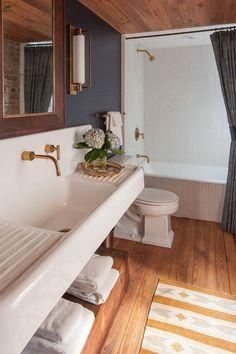 100 Cozy Rustic Farmhouse Bathroom Decor Ideas You Can Easily Copy – - Bathroom Flooring Diy Bathroom Decor, Bathroom Interior, Small Bathroom, Bathroom Ideas, Bathroom Goals, Gold Bathroom, Bathroom Designs, Rental Bathroom, Bathroom Canvas